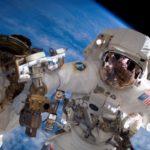 Viaggiare nello spazio senza allontanarsi da casa