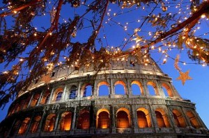 ALBERO ILLUMINATO AL COLOSSEO