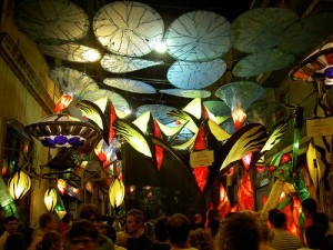 Barcellona-fiesta-de-poble-sec