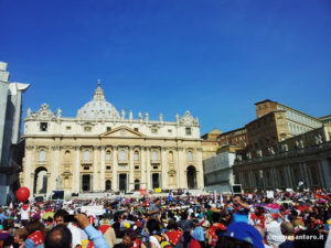 Roma-Piazza-San-Pietro