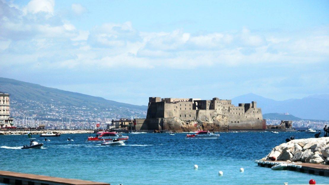Napoli-Castel-Dell-ovo