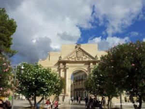 Porta-Napoli-Lecce-Puglia