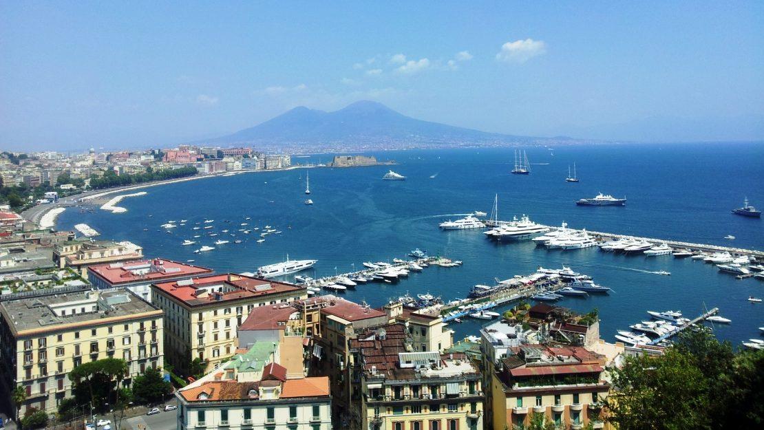 Napoli-Panorama-Vesuvio