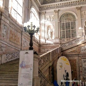 Palazzo-Reale-Napoli-Scalone-d-onore