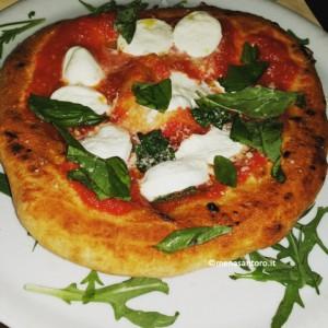 Pizzeria-Gaetano-Genovesi-Napoli-La-Montanara