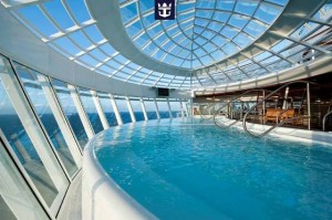 Royal-Caribbean-Oasis-of-the-seas-Jacuzzi