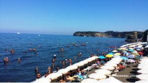 Procida-Spiaggia-La-Chiaiolella
