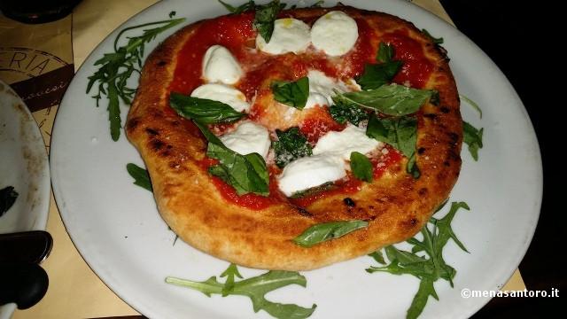Napoli-Pizzeria-Gaetano-Genovesi-La-Montanara