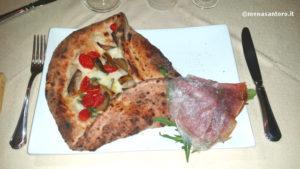 Pizzeria-La-Lanternina-Acerra-Pizza-Cono