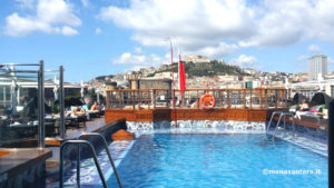 queen-victoria-piscina-cunard